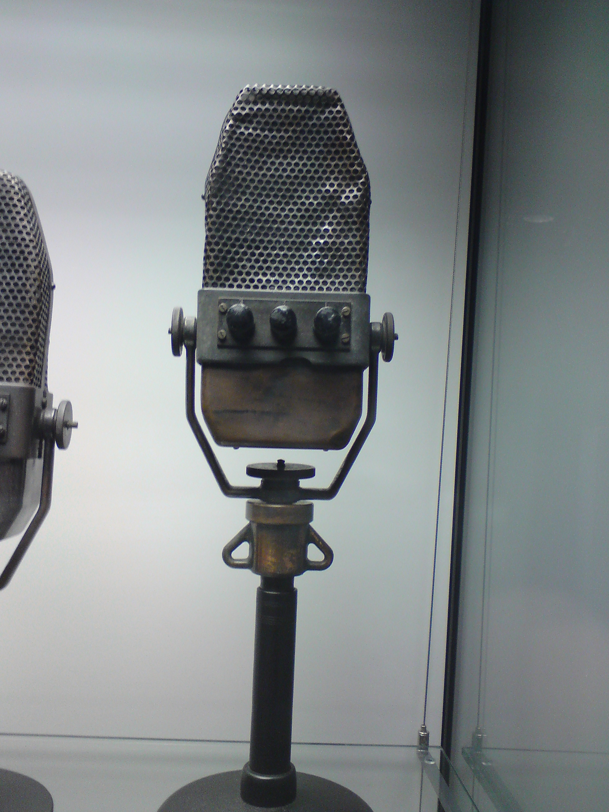 Radiostuff_man 007
